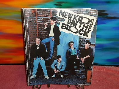 New Kids On The Block - 1989 Big Step Productions - 88 Card Set & 3-Ring Binder