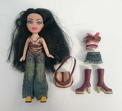 Lil' Bratz Nazalia Doll with clothing and accessories