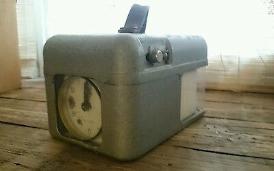 Old STB pigeon racing clock working with keys.