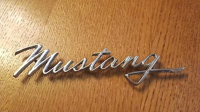 Mustang Ford 1968 Insigne Lettre