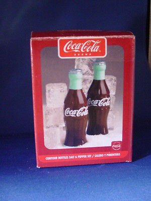 Coca-Cola Contour Bottles Salt & Pepper Shaker Set  2002