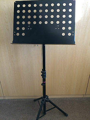 Stagg  Black Music Stand, Heavy Duty, Orchestral Sheet Music Adjustable