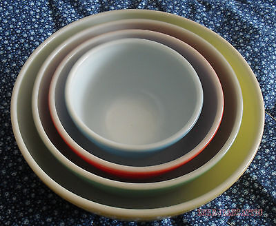 Set of Four Vintage PYREX Mixing Bowls - Yellow, Green, Red & Blue - Exc Cond