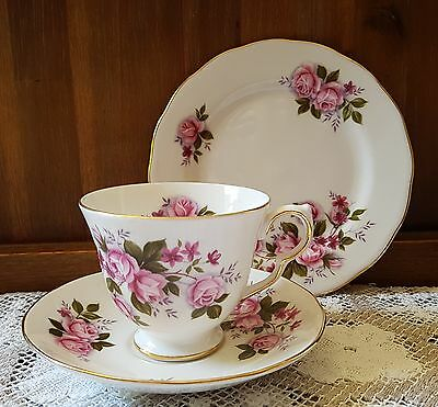 Queen Anne trio cup saucer plate England excellent  condition