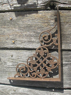 Ornate Victorian Or Earlier L Shaped Cast Iron Bracket.