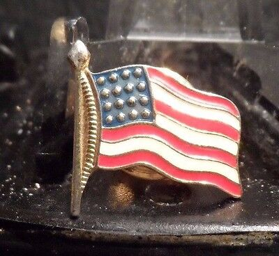 Preowned Us Flag Shaped Pin (61016)