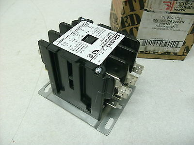 HN53HG120 3 Pole Definite Purpose Siemens Contactor Carrier 42CF35AJAJT, 24VAC
