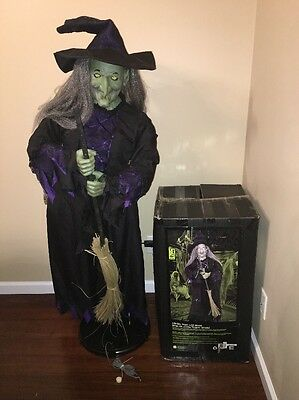 Gemmy Halloween Life Size Witch Animated Prop / HTF / Works Good