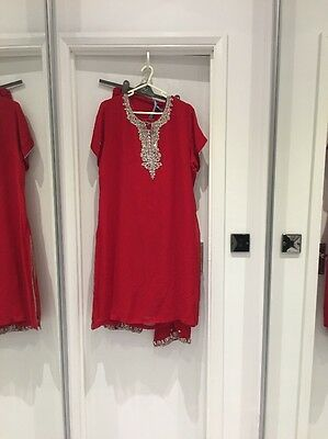 Ladies Indian/Bollywood Panjabi Suit Size Xl Red With Silver Embroidery