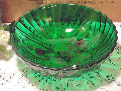 Forest Green Burple /Oyster & Pearl Serving Bowl Anchor Hocking Glass