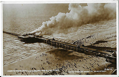 RP Card BLACKPOOL NORTH PIER PAVILION FIRE 1938 - Valentine's Card - Unposted