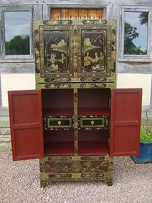 Late19th century Japanese Chinoiserie Cabinet & Cupbard, Laquerwork on Padouk