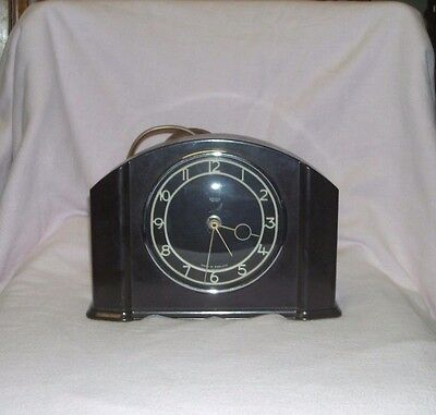 Vintage Smiths Bakelite Art Deco Mantle Clock