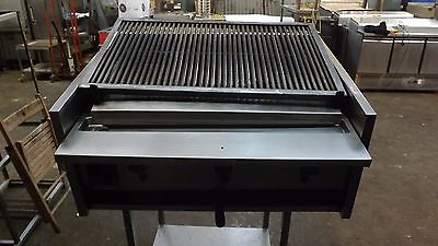 Commercial Archway 3 Burner Natural Gas Charcoal/char Grill---3 Foot Long