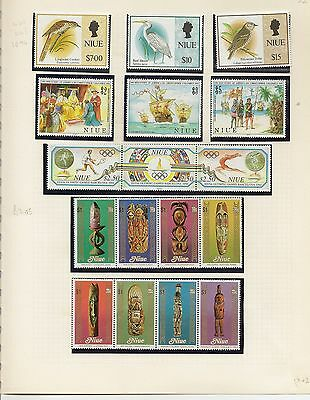 Niue 1953-91 Qeii Complete  Collection Cat £950 Mostly Nhm  (542+120 M/s)
