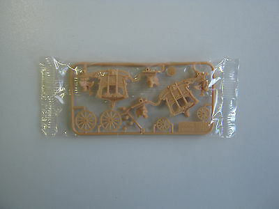 Cereal Toy (1975) R&L Historical Transportation Series Royale State Coach