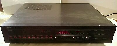 Yamaha Natural Sound AM/FM Stereo Tuner T-85