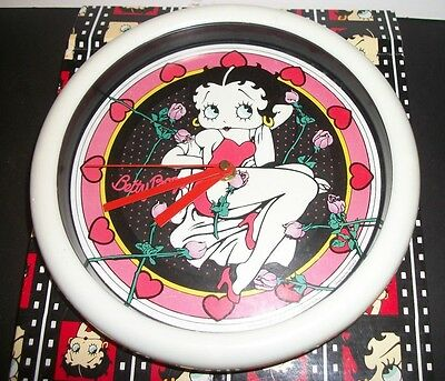 betty boop bed of roses clock
