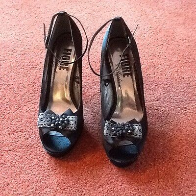 Fiore Collection Black Satin Party Shoes Size 8