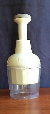 The Pampered Chef Food Chopper #2585 No Rubber Bottom Piece