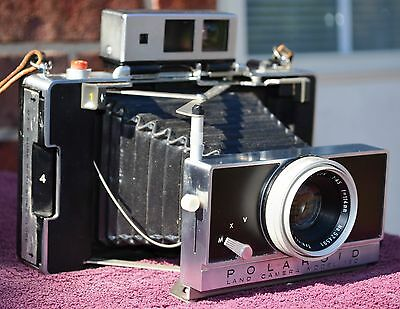 Polaroid 180 Professional Instant Manual Land Camera For Parts or Repair