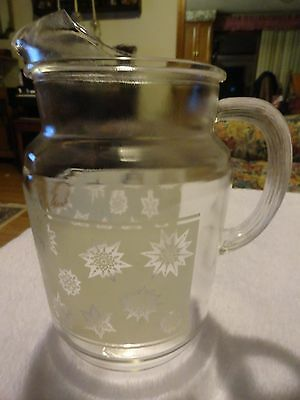 Vintage Clear Glass w/Frosted Snowflake Pattern Pitcher