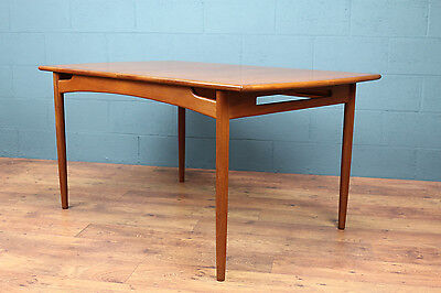 G-Plan dining table by E. Gomme (100113)