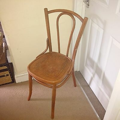 Antique Bentwood Chair.