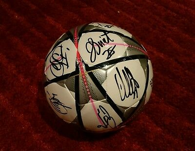 Squad signed celtic champions league ball / dembele / sinclair / Brown  COA