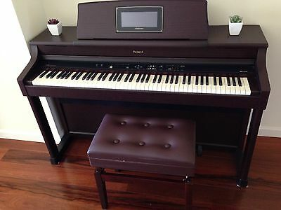 Roland Digital Piano HPI 7S. Ideal For Pro Or Learner