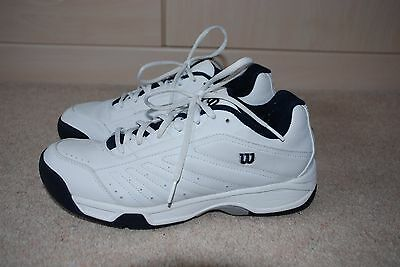 Mens Vintage white tennis shoes by Wilson size UK 9
