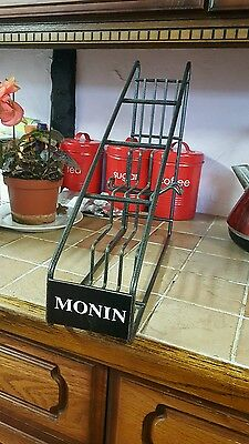 monin syrup stand