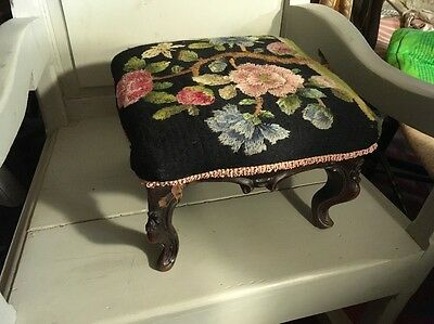 Antique Georgian Crewel Work Embroidery Cabriole Leg Footstool Sewing & Textiles
