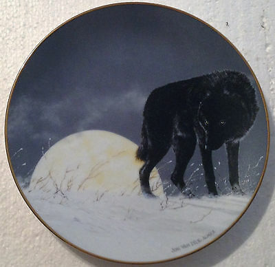 Collectable Wolf Plate 8 1/4 Inches - Midnight Renegade - Princeton Gallery