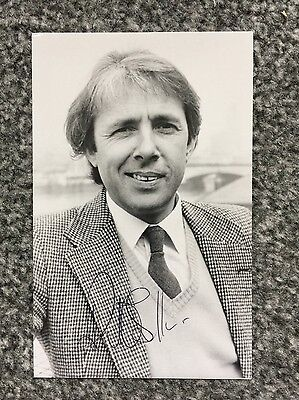 Autograph: Hand signed Photograph by English Actor Richard O'Sullivan, from 1988