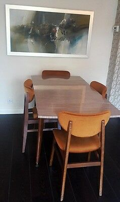 Retro Formica Extendable Dining Table (Chairs NOT included)