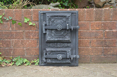 33 x 46.5 cm old cast iron fire / bread oven door/doors /flue/clay/range/pizza