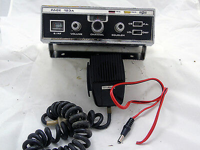 Vintage Pace 123A 23 Channel Mobile CB Radio with Microphone & Power Cord