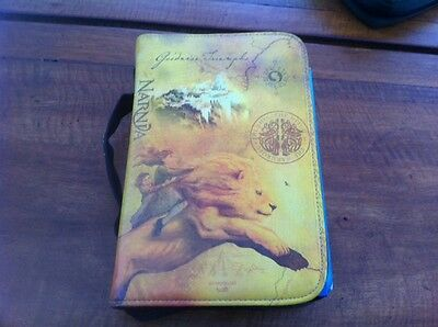 NLT Hands On Youth & teen Bible and Narnia bible case
