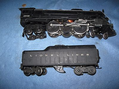 Lionel 2046 and 2046W Steam engine and tender Post War