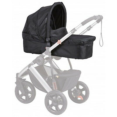 NEW The safety 1st Wanderer Bassinet