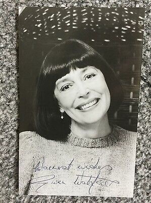 Autograph: Hand signed Photograph by the Late English Actress Gwen Watford, 1988