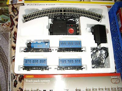 Hornby Caledonian Local Train Set With Extra Track