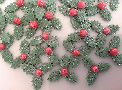 24 Edible Xmas Holly Leaves With Berries Cupcake Toppers / Cake Decorations