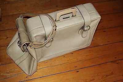 Vintage suitcase and hand bag 1950/60s ivory