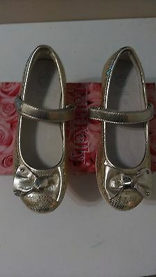 Gold Lelli Kelly Girls party shoes. Size EU 33/UK 1. New in Box