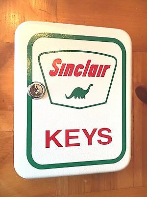 Sinclair Dino Keys Service Station Lock Box Steel Key Cabinet Mechanic Gas Pump