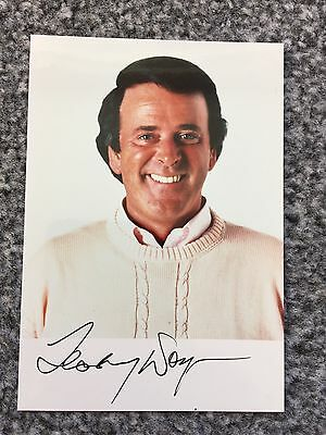 Autograph: Hand signed Photograph by the Late TV & Radio Star:Terry Wogan, 1988