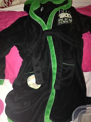 Ben 10 Dressing Gown Age 7-8 Years