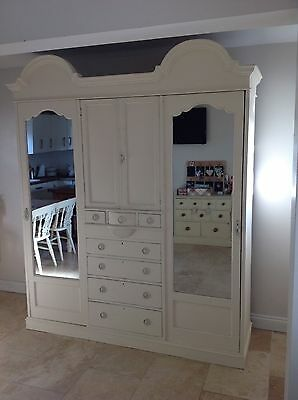 Painted triple wardrobe with mirrors press cupboard